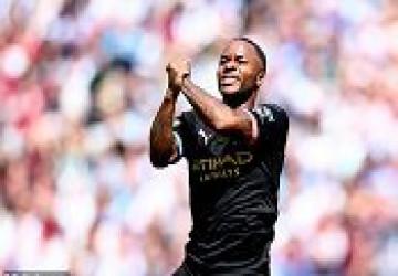 Đè bẹp West Ham 5-0, Man City độc chiếm ngôi đầu Ngoại hạng Anh