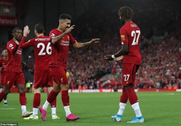 Ngoại Hạng Anh mở màn: Liverpool 'vùi dập' đội bóng mới lên hạng